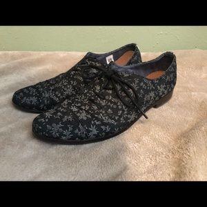 Toms Lace Up Floral Shoes Size 8
